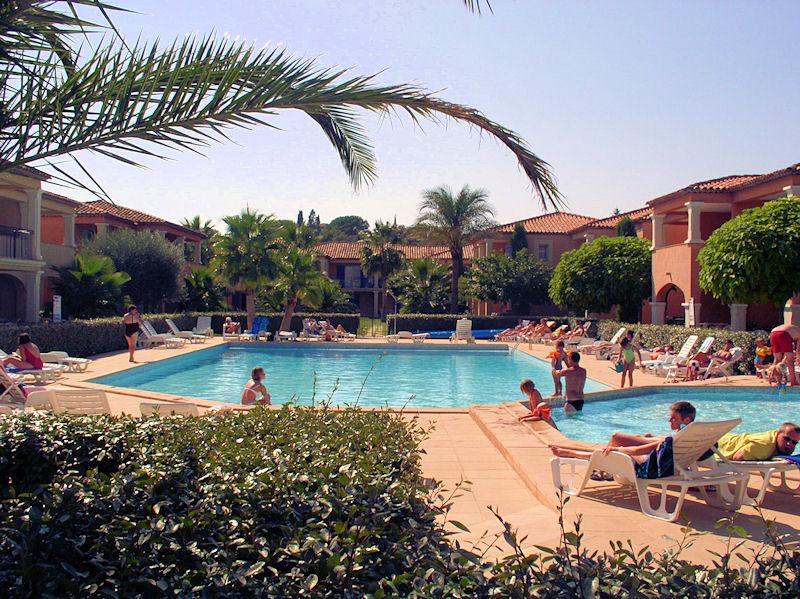 Ferienwohnung Wohnung in Grimaud (139201), Grimaud, Côte d'Azur, Provence - Alpen - Côte d'Azur, Frankreich, Bild 2